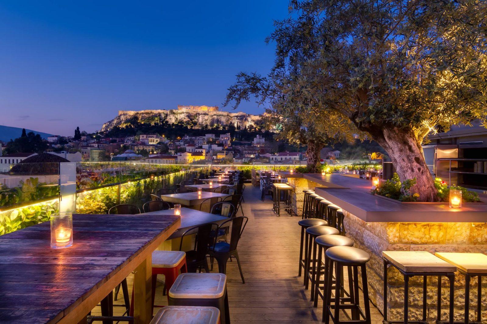 vida nocturna en Atenas