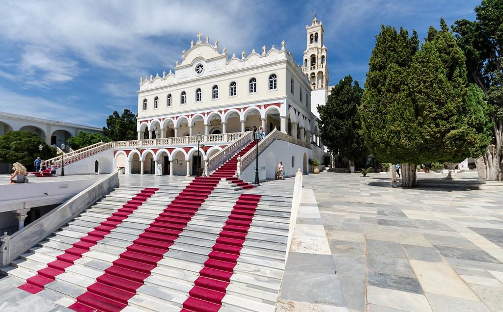 Tinos, una isla con fama religiosa